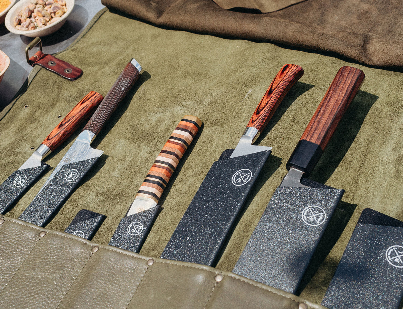 WITLOFT Cooking in Brooklyn Story Knife protectors keeping the blade of the knife sharp
