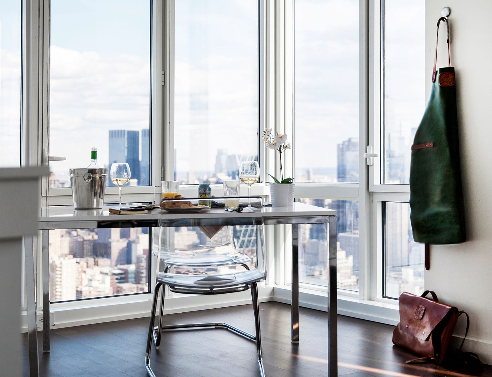 WITLOFT Penthouse in NYC Story breakfast view