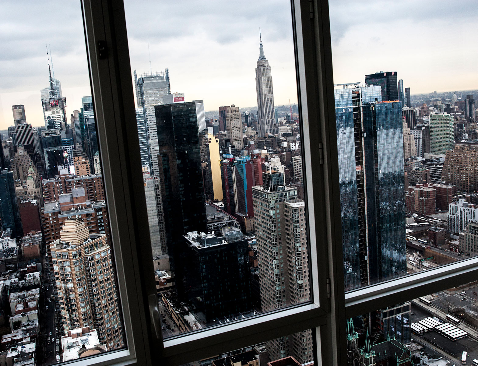 WITLOFT Penthouse in NYC Story skyscraper view