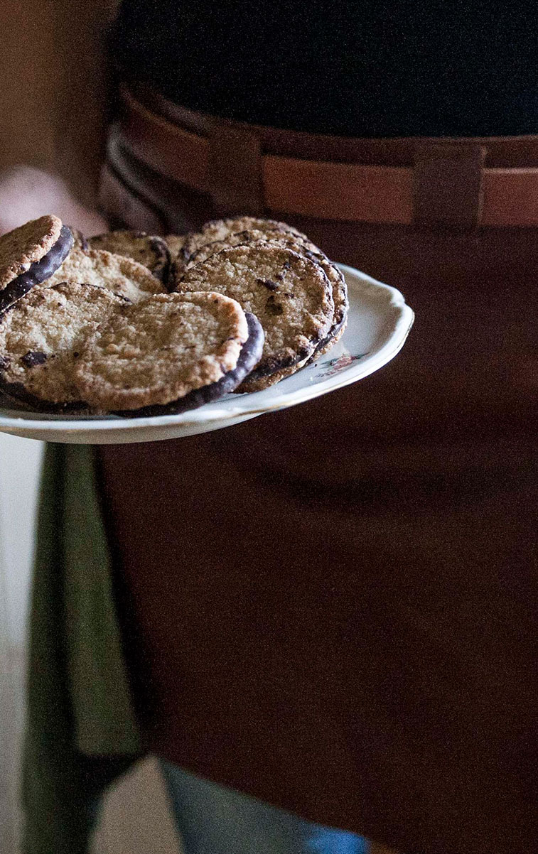 WITLOFT Island Life Story homemade cookies