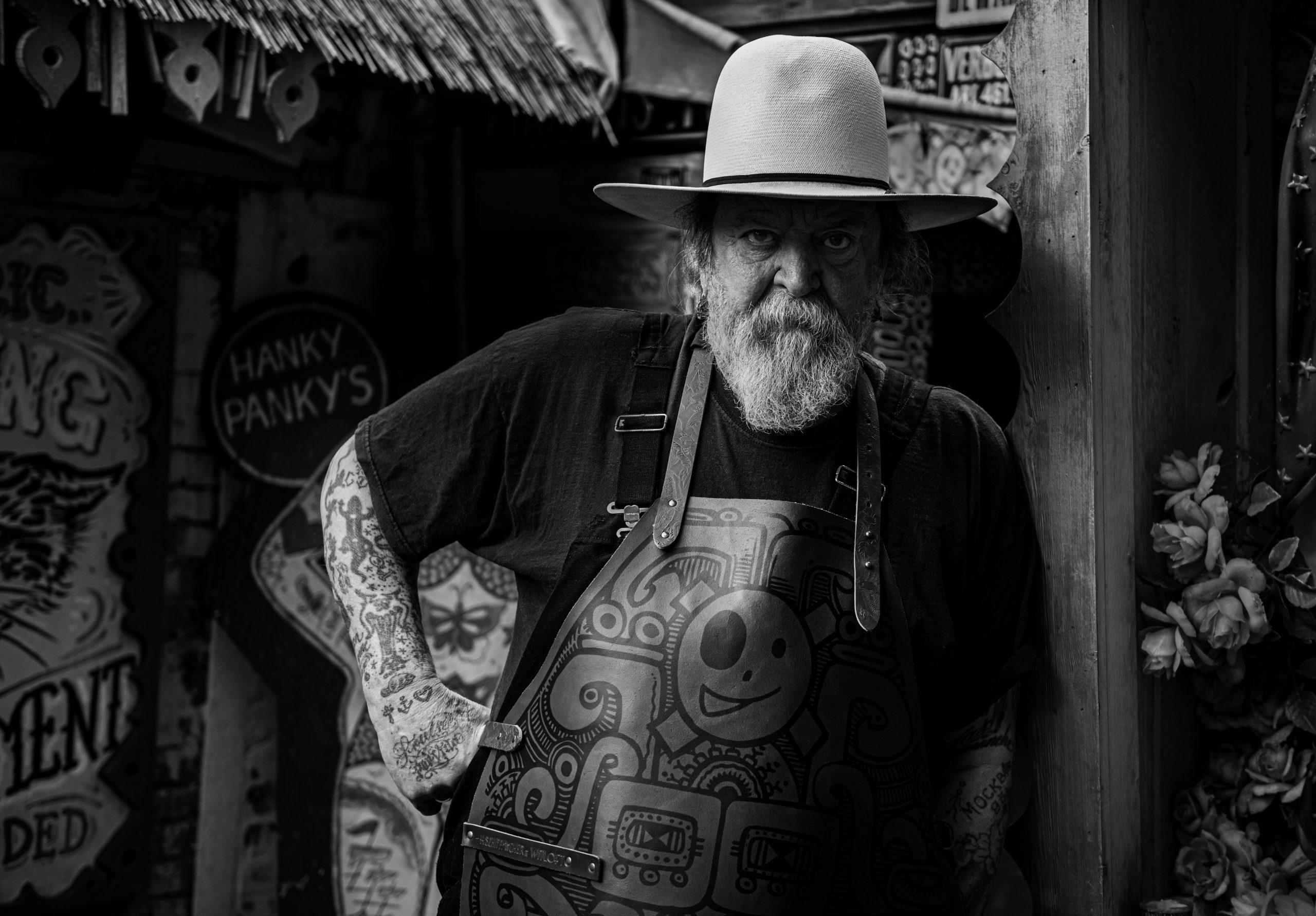 shiffmacher tattooed apron